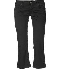 sexy woman 3/4-length shorts