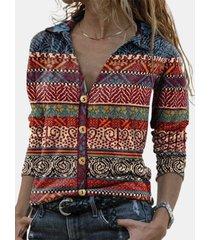 camicetta con bottoni a maniche lunghe con colletto bavero stampa etnica