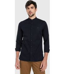 camisa azul oscuro tommy hilfiger
