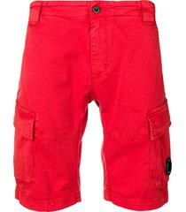 c.p. company relaxed shorts - red
