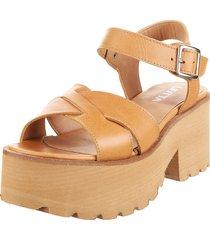 sandalia de cuero suela liotta