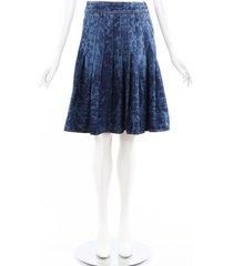 chanel blue camellia floral denim pleated knee length skirt blue/floral print sz: m