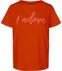 t-shirt comma