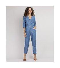 macacão jeans feminino com bolsos e cinto manga 3/4 azul médio