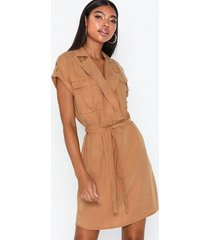noisy may nmvera s/s endi tencel shirt clr dr loose fit dresses