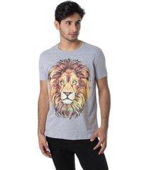 camiseta família leão gola redonda thiago brado 1107000001 cinza - cinza - pp - masculino