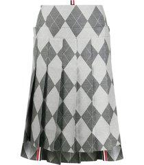 thom browne below the knee pleated skirt 2/ yoke in classic argyle -