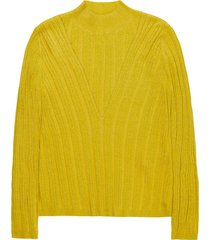 10 feet body hugging pullover with kneeding details geel