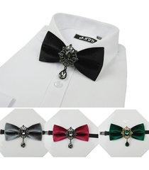 foraml bow tie tessuto in velluto hollow geometric ciondolo in cristallo bow bolo tie gioielli vintage per gli uomini