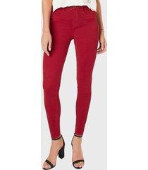jeans pitillo tiro alto rojo amalia jeans