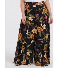 calça pantalona floral curve & plus size