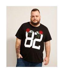 """camiseta de algodão plus size 82"""" com bordado de rosas manga curta gola careca preta"""""""