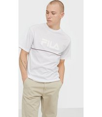fila men macall dropped shoulder tee t-shirts & linnen bright white