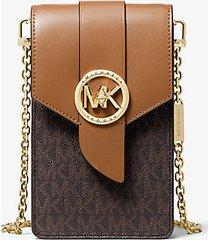 mk borsa a tracolla piccola in pelle con logo per smartphone - marrone - michael kors