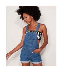 jardineira jeans feminina reta com barra dobrada azul médio