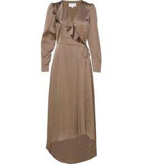 long ruffled wrap dress maxiklänning festklänning beige designers, remix
