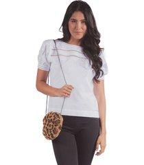blusa adrissa blanca con volumen en mangas y detalles en puntada artesanal