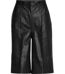 slkaylee shorts bermudashorts shorts svart soaked in luxury