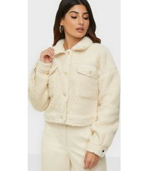 missguided borg cropped biker jacket faux fur