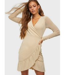 noisy may nmshimmy l/s wrap frill dress loose fit dresses