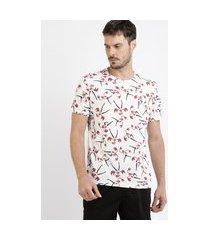 camiseta masculina estampada vilão super poderosas manga curta gola careca branca