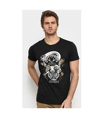 camiseta black knight caveira masculina