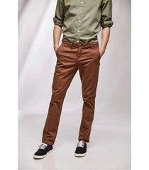 pantalón marrón prototype brooklyn