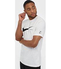 nike sportswear m nsw swoosh hbr ss tee t-shirts & linnen white