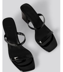 na-kd shoes squared two strap sandals - black
