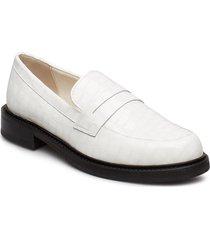 emma loafers låga skor vit storm & marie