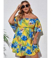 medias mangas tropicales con hombros descubiertos y talla grande vestido