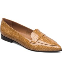 alexandra shiny beige croco leather loafers låga skor beige flattered