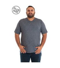 camiseta decote v plus size cinza