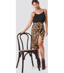 xle the label mego overlap skirt - brown