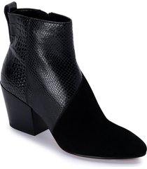 women's dolce vita crew snake embossed bootie, size 5 m - black