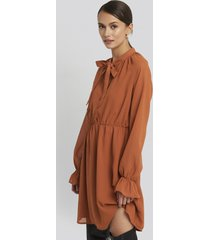 na-kd chiffon buttoned dress - orange