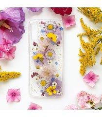 etui z suszonymi kwiatami - kwiatowy łuk
