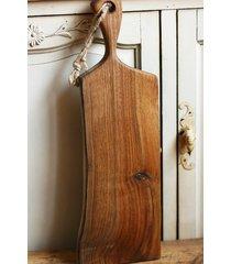 deska rustykalna z drewna orzechowego