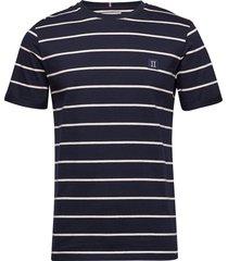 betroist t-shirt t-shirts short-sleeved blå les deux
