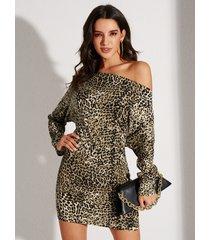 yoins mangas dolman de un solo hombro con estampado de leopardo marrón vestido