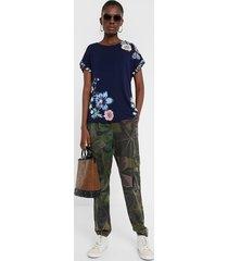flowers and butterflies t-shirt - blue - xl