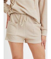 yoins beige con cordones diseño shorts con cordón en los bolsillos laterales