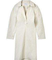 white v-neck collar midi dress