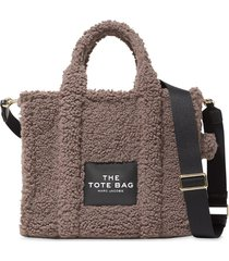 marc jacobs the traveller teddy tote bag - brown