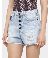shorts jeans maria filó hot pants botões destroyed feminino