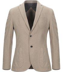 paoloni suit jackets