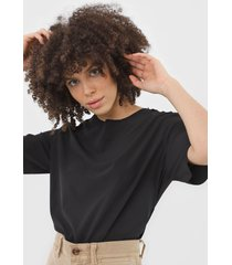 camiseta osklen superlight travel preta - preto - feminino - poliã©ster - dafiti