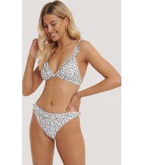 na-kd swimwear bikinitrosor med rynkad kant - multicolor