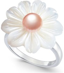 pink cultured freshwater button pearl (6mm) & mother-of-pearl flower statement ring in sterling silver