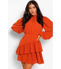skater jurk met blouson mouw en hoge geplooide hals, burnt orange